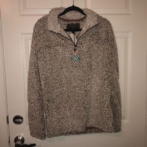 MAKE OFFERS BRAND NEW True Grit Pullover